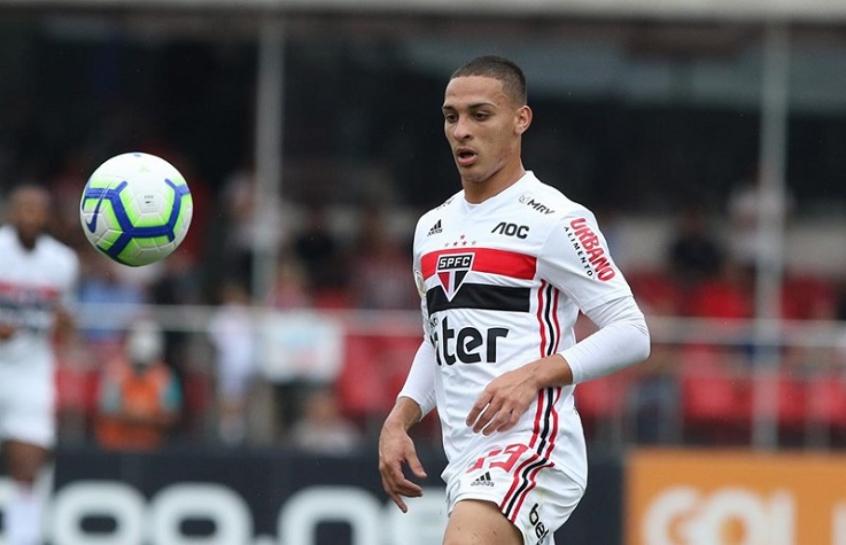red-bull-leipzig-estuda-a-contratacao-de-antony-do-sao-paulo-Futebol-Latino-04-12