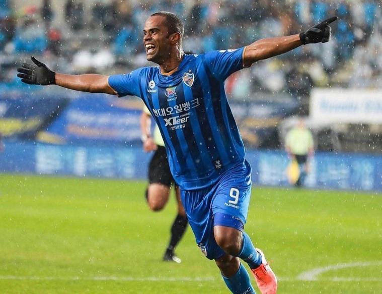 maior-artilheiro-do-futebol-sul-coreano-junior-negao-quer-o-titulo-da-k-league-em-2020-Futebol-Latino-07-01
