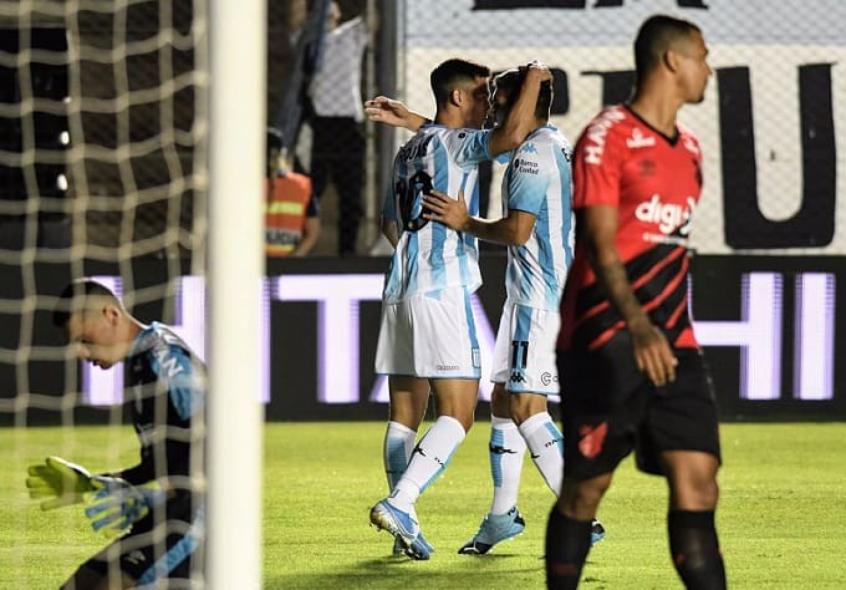 na-estreia-de-dorival-junior-athletico-pr-perde-para-o-racing-nos-penaltis-Futebol-Latino-16-01