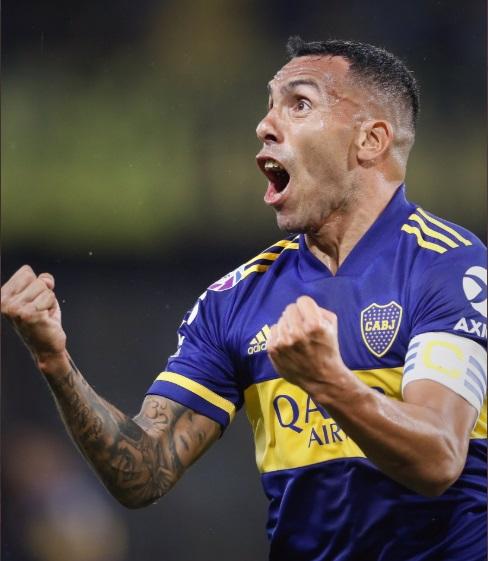 Boca Juniors x Godoy Cruz - Tevez