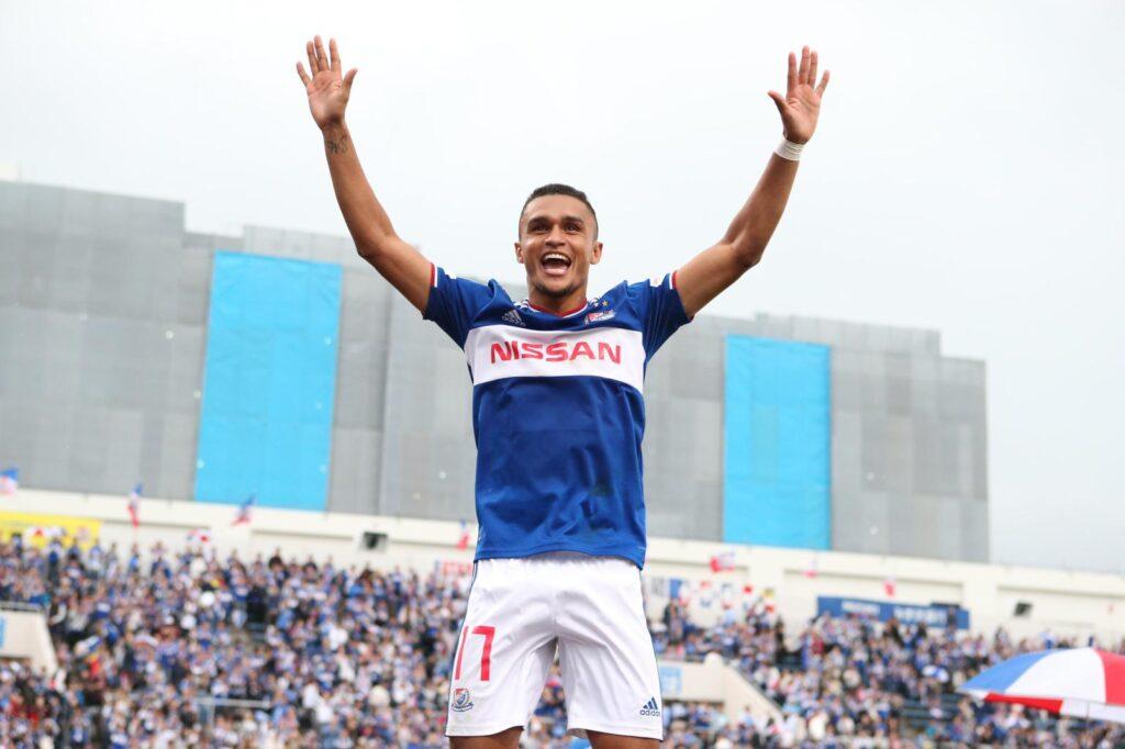 erik-comenta-chance-de-conquistar-titulo-inedito-no-yokohama-marinos-Futebol-Latino-07-02