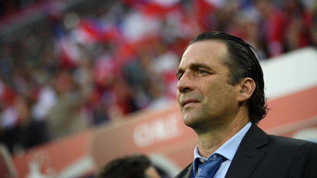 juan-antonio-pizzi-comenta-sobre-real-x-barca-messi-e-vidal-Futebol-Latino-28-02