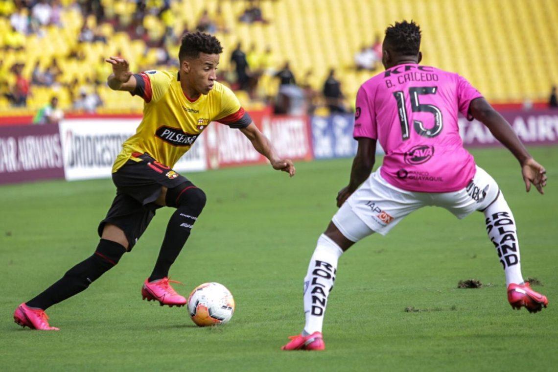 Barcelona-de-Guayaquil-Independiente-del-Valle-Futebol-Latino-Lance-04-03