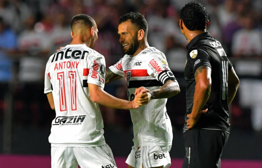Sao-Paulo-LDU-Libertadores-Futebol-Latino-11-03