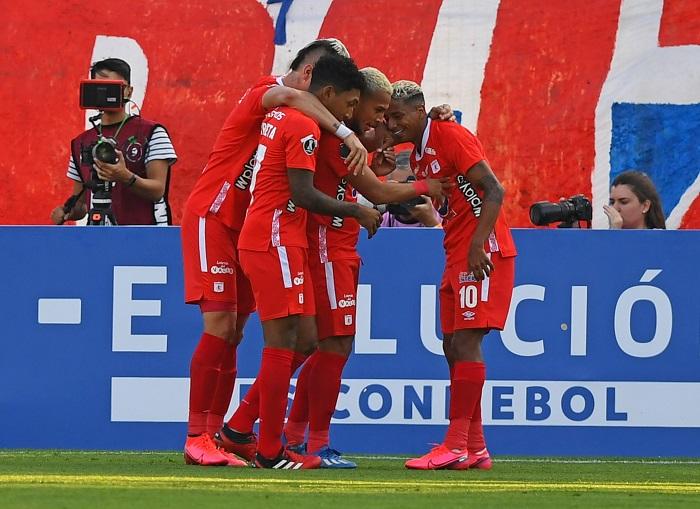 Universidad Catolica America de Cali Libertadores Futebol Latino Lance 10-03