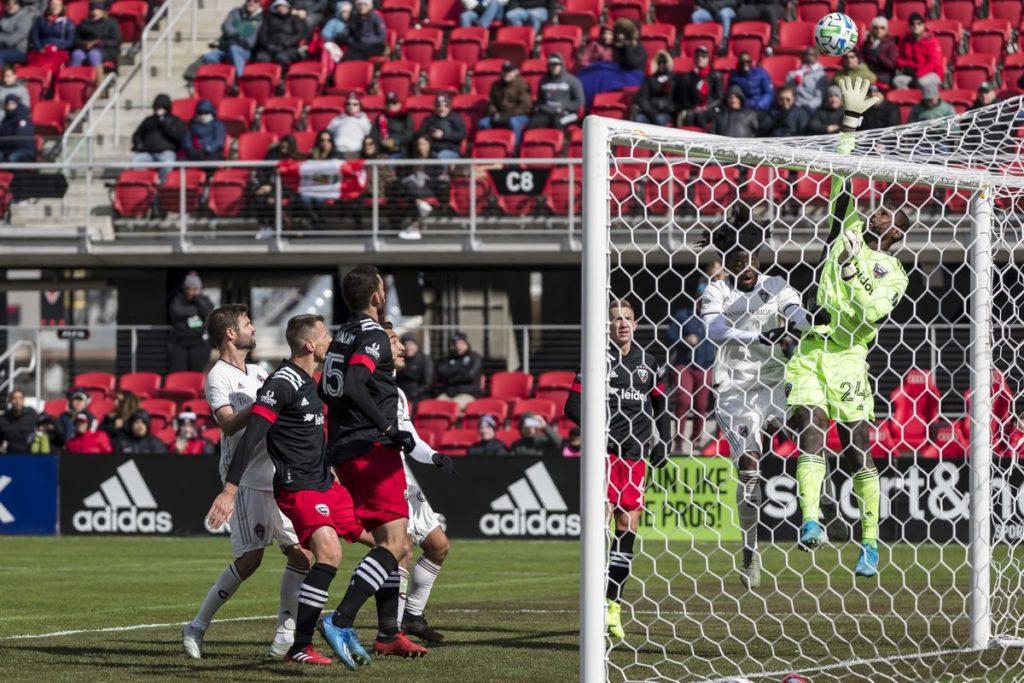 dc-united-anota-primeiro-gol-da-mls-2020-mas-estreia-perdendo-para-o-colorado-rapids-Futebol-Latino-01-03