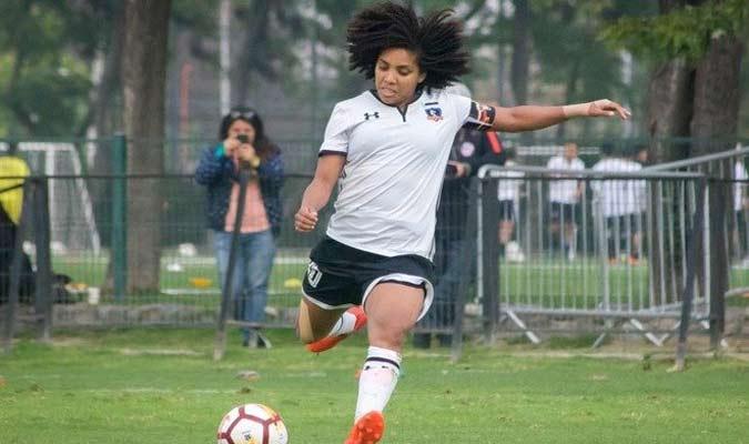 jogadora-venezuelana-desmente-informacao-sobre-contagio-por-coronavirus-Futebol-Latino-20-03