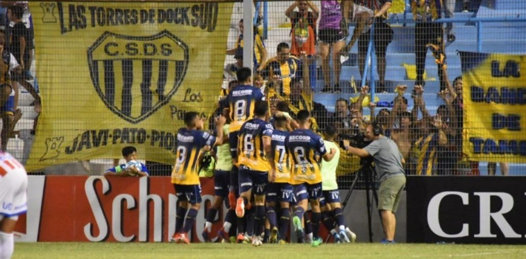 nova-surpresa-na-copa-argentina-dock-sud-elimina-o-union-Futebol-Latino-06-03