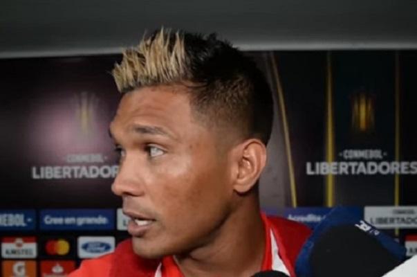 teo-gutierrez-exalta-atitude-do-junior-barranquilla-contra-o-flamengo-Flamengo-05-03
