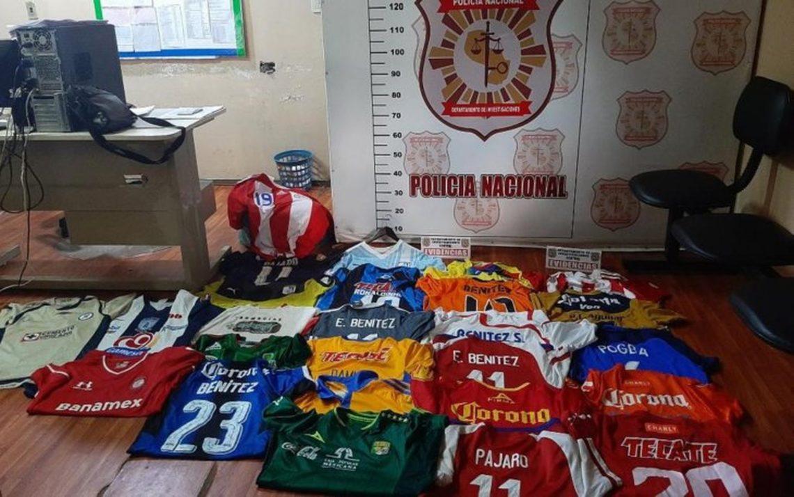 valiosa-colecao-de-camisetas-de-atacante-do-guarani-e-roubada-Futebol-Latino-31-03