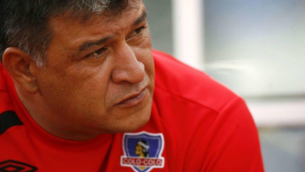 com-valdivia-vidal-e-sanchez-claudio-borghi-elege-seu-colo-colo-ideal-Futebol-Latino-22-04