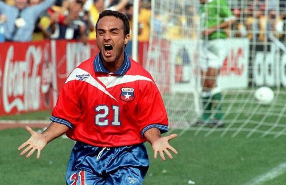 ex-jogador-da-selecao-do-chile-lembra-momento-tenso-nas-eliminatorias-Futebol-Latino-22-04