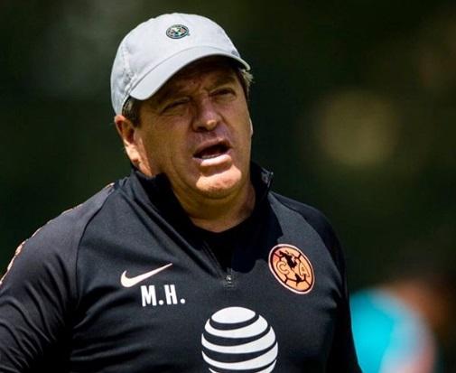 miguel-herrera-quer-ser-o-alex-ferguson-do-america-Futebol-Latino-03-04