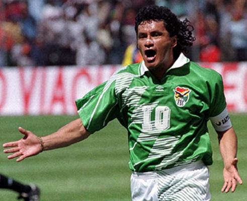 craque-sul-americano-reacende-debate-maradona-x-messi-Futebol-Latino-´31-05