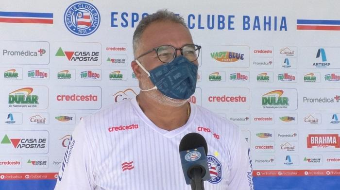 Luiz Sapucaia mascara Bahia Futebol Latino Lance 16-06