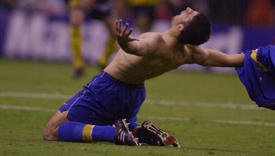 gol-emocionante-do-boca-juniors-na-libertadores-completa-20-anos-Futebol-Latino-07-06