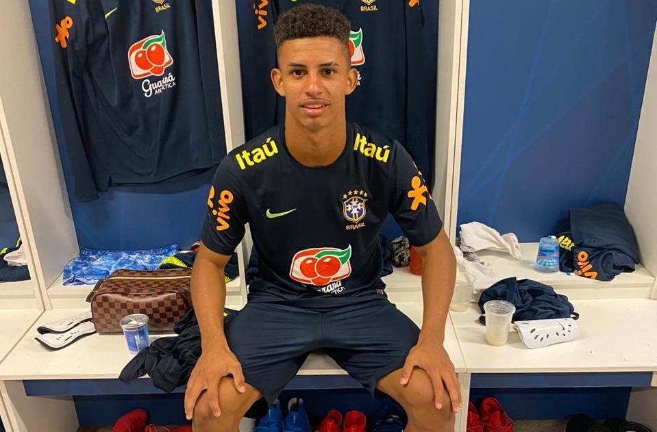 lateral-da-selecao-brasileira-sub-17-pode-ser-negociado-em-2021-Futebol-Latino-24-06