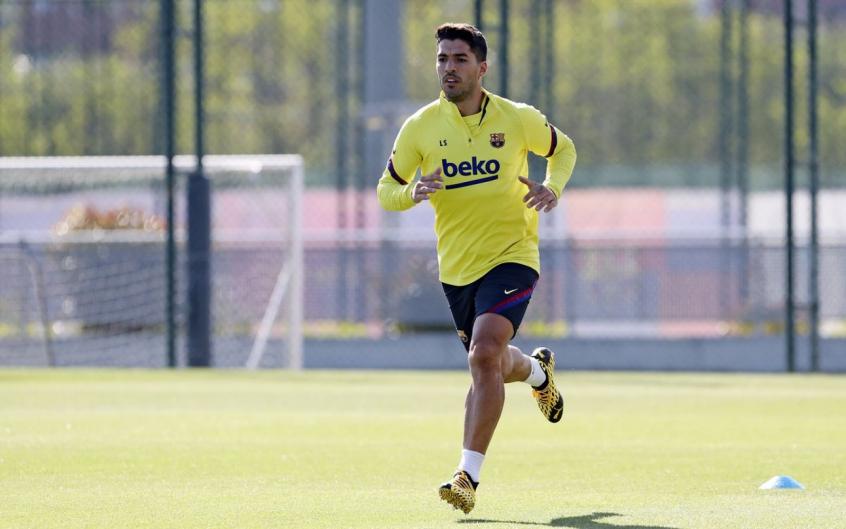 retorno-de-suarez-e-comemorado-por-companheiro-de-barcelona-Futebol-Latino-10-06