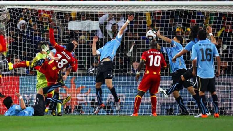 cronica-fl-a-loucura-uruguaia-elevada-a-sua-potencia-maxima-Futebol-Latino-02-07
