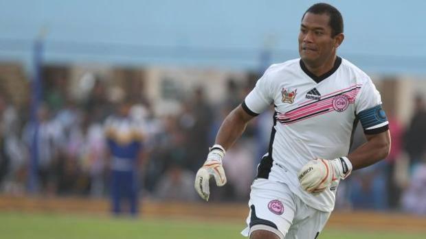 goleiro-chama-nome-marcado-na-historia-do-futebol-de-lenda-viva-Futebol-Latino-10-07