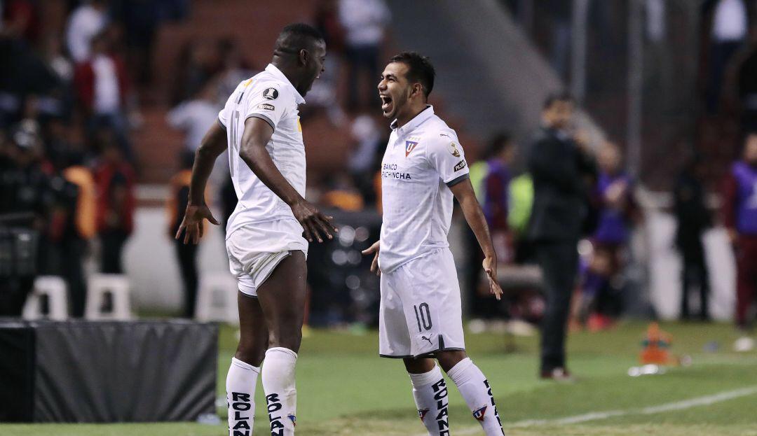 no-equador-sornoza-marca-pela-ldu-gol-que-pele-nao-fez-em-amistoso-Futebol-Latino-06-08