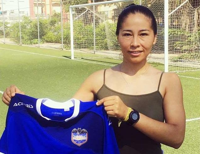time-da-espanha-fecha-a-contratacao-da-boliviana-salvatierra-Futebol-Latino-06-08