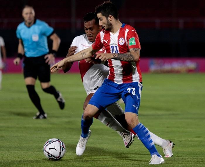 Paraguai-Peru-Eliminatorias-Futebol-Latino-08-10