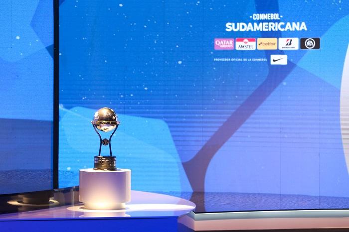 Taca-Sul-Americana-Futebol-Latino-Lance-23-10