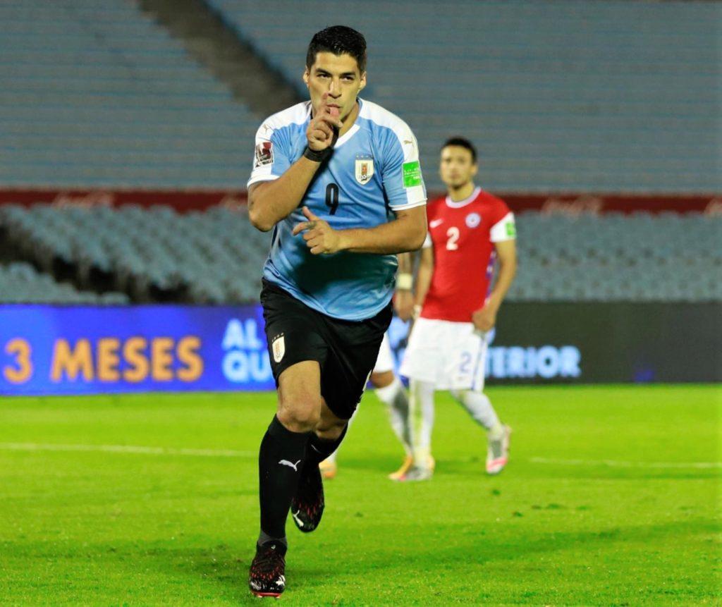 Uruguai-Chile-1-Eliminatorias-Futebol-Latino-08-10