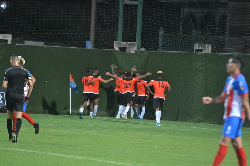 dois-jogos-marcam-a-volta-do-futebol-na-venezuela-Futebol-Latino-15-10