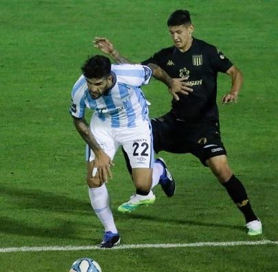 Rival do Fla, Racing é derrotado no Argentino e pode ser eliminado