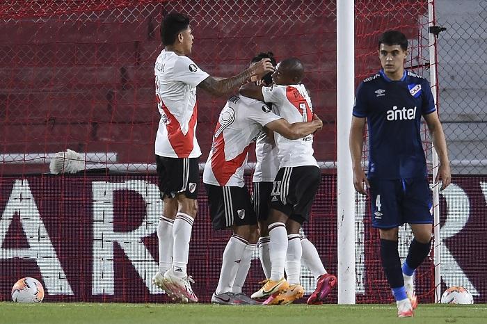 River-Plate-Nacional-Libertadores-Futebol-Latino-1-10-12
