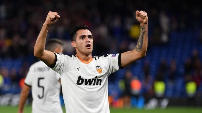 alvo-de-dois-clubes-da-premier-league-seria-o-atacante-maxi-gomez-Futebol-Latino-10-12
