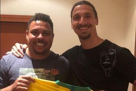 ronaldo-fenomeno-faz-varios-elogios-a-zlatan-ibrahimovic-Futebol-Latino-16-01