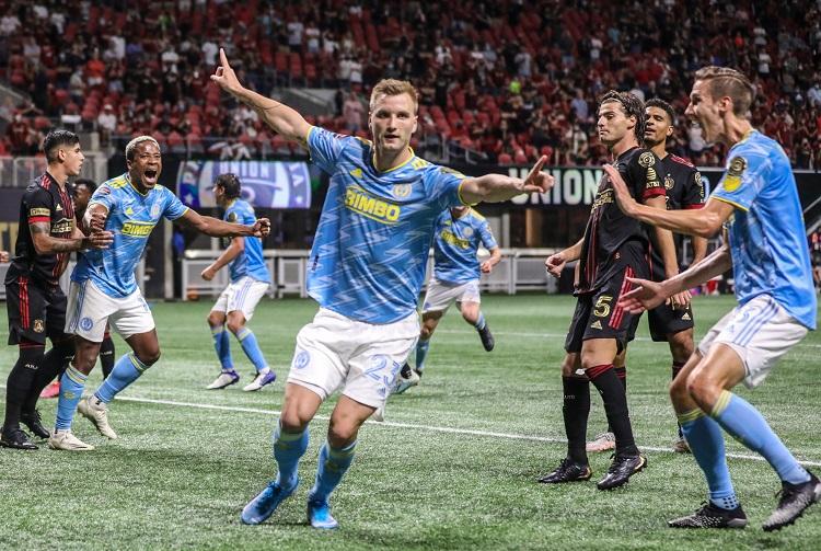 philadelphia-e-cruz-azul-mais-perto-da-semifinal-na-concachampions-Futebol-Latino-28-04