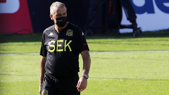 em-tres-meses-tecnico-e-demitido-de-time-vice-campeao-da-libertadores-Futebol-Latino-03-05