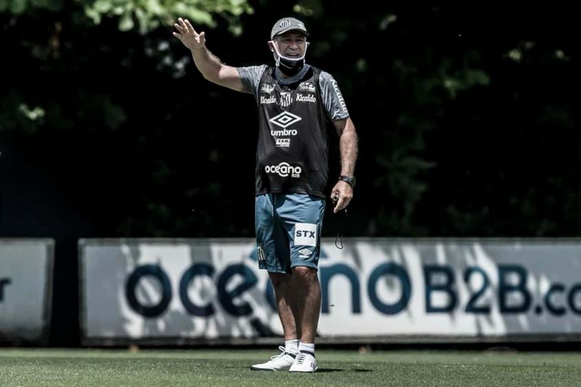 tecnico-do-leon-deixa-cargo-que-deve-ser-assumido-por-ex-Santos-Futebol-Latino-11-05