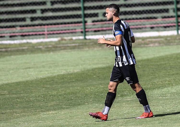 capitao-do-santos-felipe-carvalho-fala-sobre-inicio-do-brasileirao-sub-23-Futebol-Latino-09-06