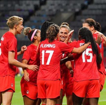 Canadá x Japão - Futebol Feminino