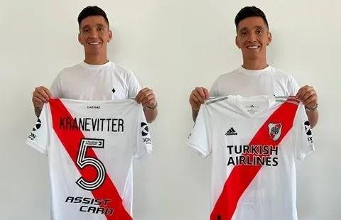 jogador-do-monterrey-exibe-com-orgulho-camisa-do-river-plate-Futebol-Latino-interna-10-06