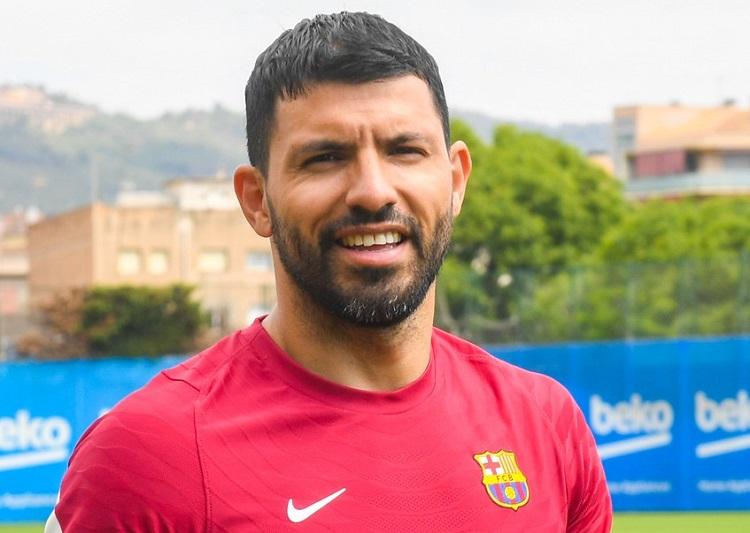 no-barcelona-aguero-encurta-ferias-para-iniciar-trabalhos-fisicos-Futebol-Latino-30-07