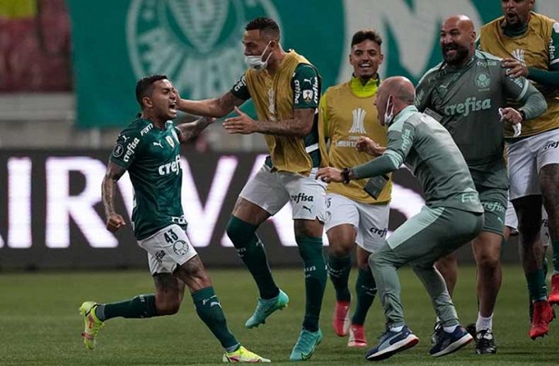 com-classificacao-palmeiras-busca-marca-sustentada-pelo-boca-juniors-Futebol-Latino-18-08