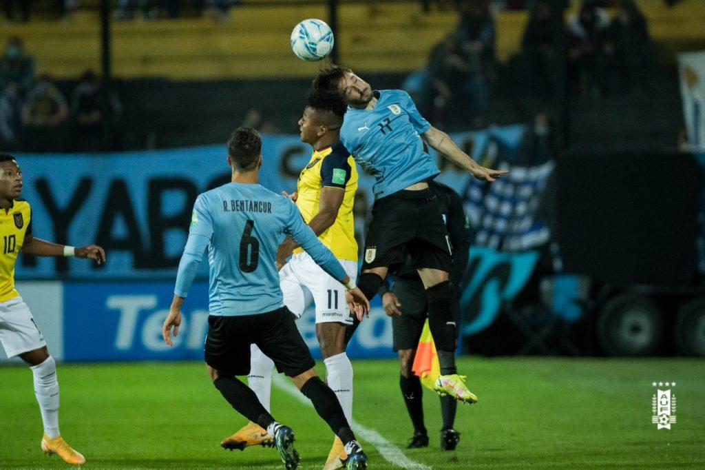 Matias Viña - Uruguai x Equador - Eliminatórias