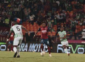empate-no-classico-nao-tirou-lideranca-do-colombiano-do-atletico-nacional-Futebol-Latino-18-10
