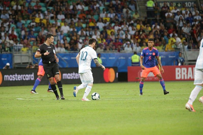 Argentina-Colômbia-Copa-América-Futebol-Latino-15-06