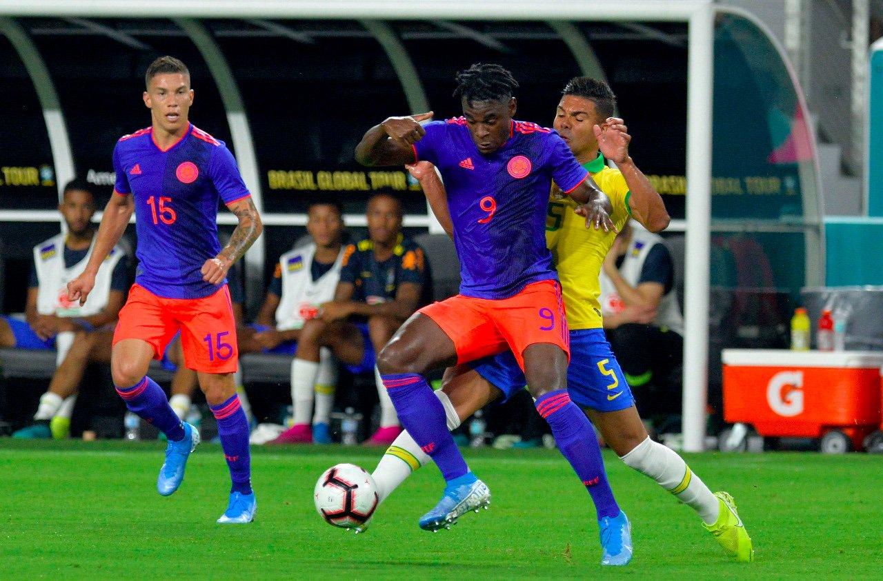 Colombia-Brasil-amistoso-Futebol-Latino-06-09