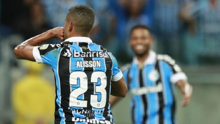 Gremio-Catolica-Libertadores-Futebol-Latino-08-05
