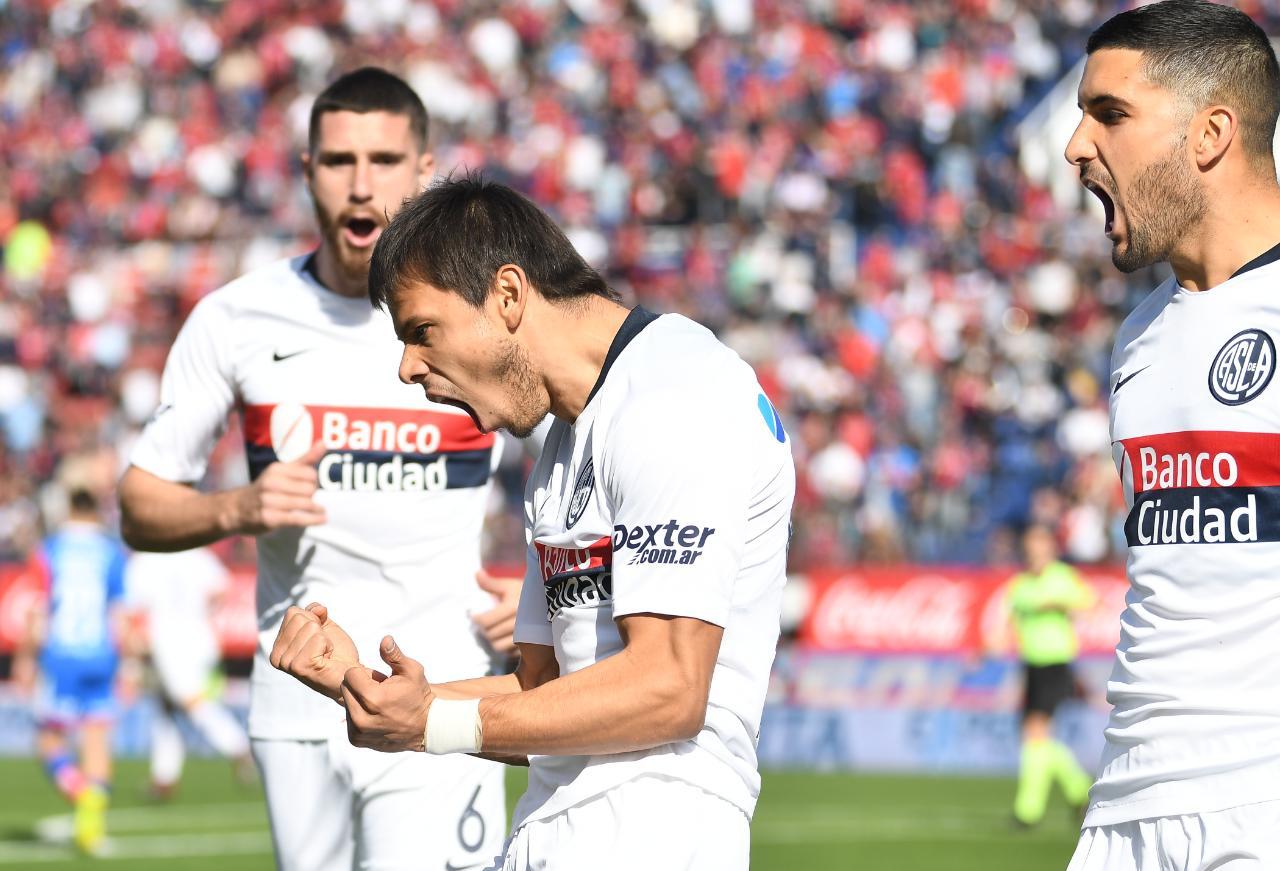 Técnico do San Lorenzo toma atitude drástica com Romero após lesão de colega