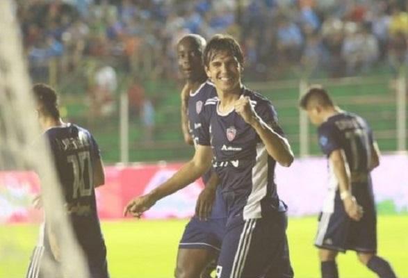 Royal-Pari-Blooming-Clausura-Futebol-Latino-30-07
