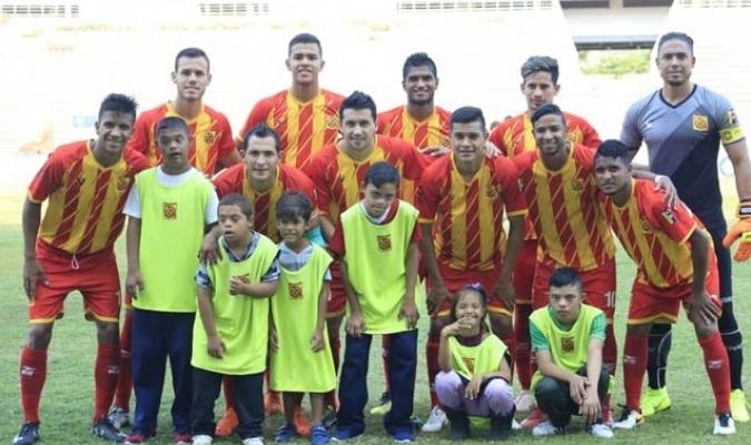 afundado-em-dividas-time-na-venezuela-desiste-de-disputar-o-clausura-Futebol-Latino-22-07